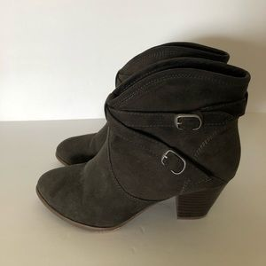 Forever 21 ankle boot with buckles